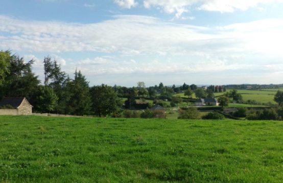 Naucelle – Terrain viabilisé de 1052 m2